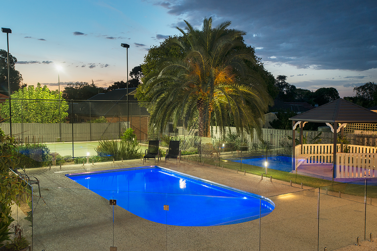 _dsc9885mermaid-pools-linden-park-lr